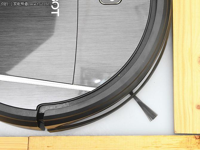 科沃斯地宝DM81扫地机评测-包装附件