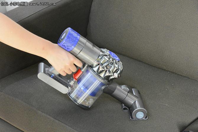 吸力强劲 戴森新一代V6无绳吸尘器体验
