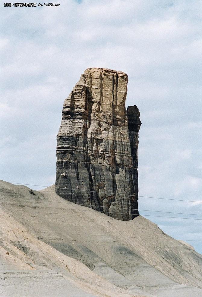 吉姆·曼根和他镜头里的美国沙漠奇观