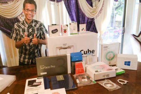 """14岁创客""""失马"""" 获微软赠3D打印机"""