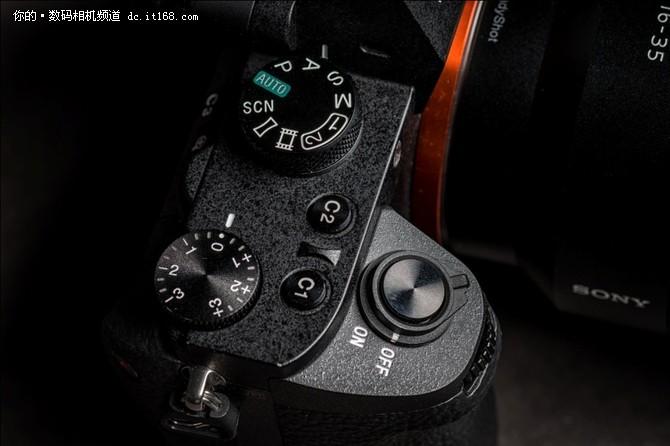 实用派的选择 索尼全画幅微单A7II体验