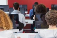 美科技奇观:编程培训班正取代计算机系