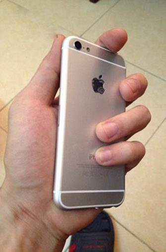 或产自华强北 疑似iPhone 6c真机曝光