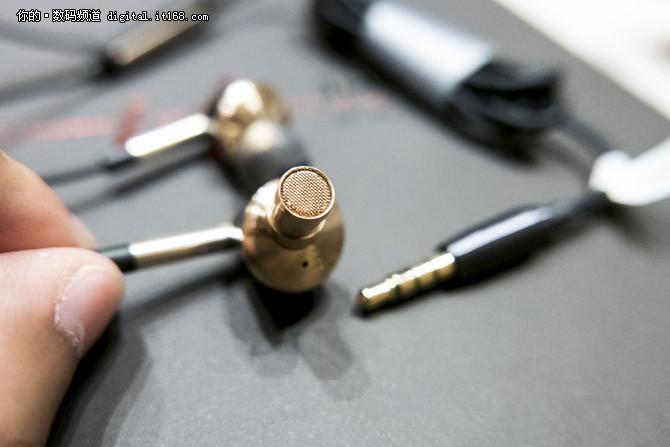 迟来的高标准 1more三单元圈铁耳机评测