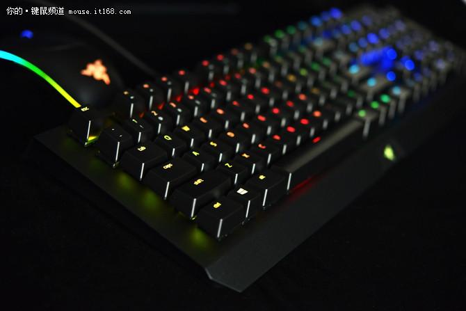 雷蛇黑寡妇蜘蛛X幻彩机械键盘上手试玩