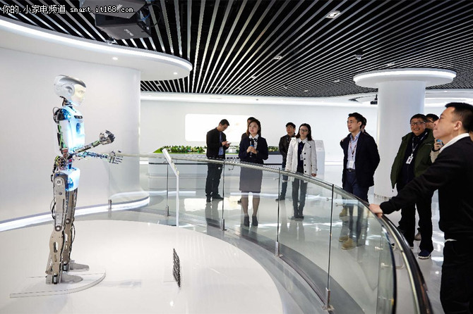科沃斯与天猫电器城共筑智能机器人未来