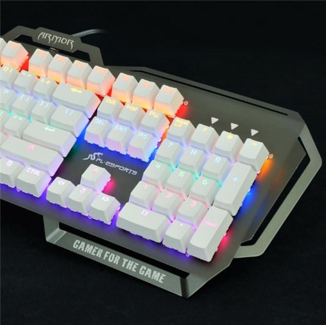 腹灵铠甲GT104二代机械键盘震撼上市