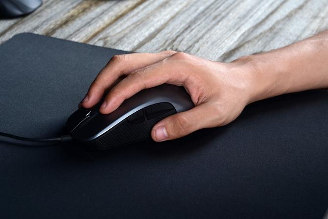 专业电竞桌布 iNSIST Mars鼠标垫试玩