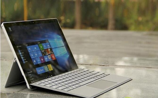 送键盘 微软Pro4平板128G中国版5999元
