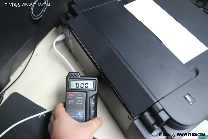 内置高容墨盒 佳能G2800喷墨一体机测试