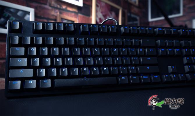 魔力鸭推全新2108S窄边框机械键盘登场