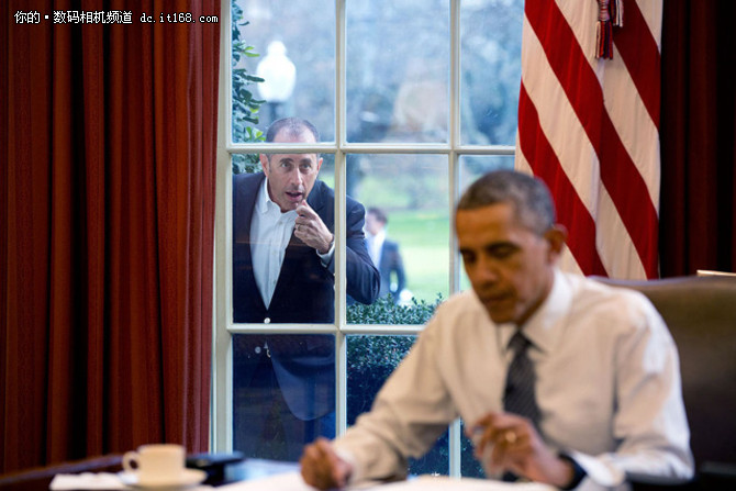 奥巴马御用摄影师 常用什么器材拍摄?