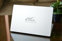 小米笔记本Air 12.5开售 电商加价300?