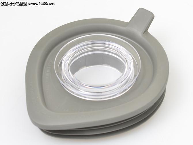 伊莱克斯EBR9804S料理机-搅拌杯解析