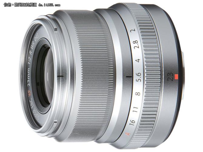 富士XF 23mmF2 WR镜头规格:   镜头结构:10片6组(2片非球面镜片、超级电子束镀膜)   光圈叶片数:9片   最近对焦距离:0.22m   最大放大倍率:0.13x   滤镜尺寸:43mm   镜头尺寸:60mm x 52mm   镜头重量:180g   镜头结构图:
