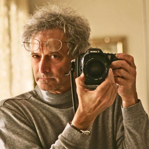 """他是近几届奥运会上最""""奇葩""""的摄影师"""