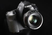 佳能发布升级固件 解决镜头兼容性问题