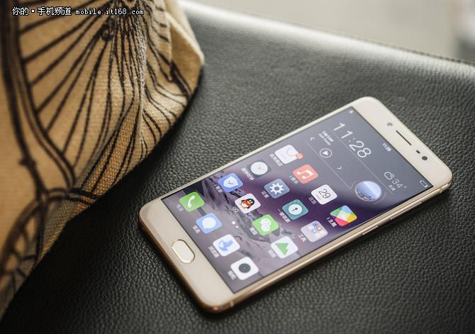 手感质感都不错 市售热门金属手机推荐