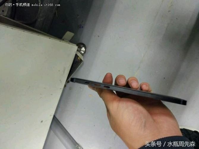 酷似Lumia 925 诺基亚明年首款新机确认