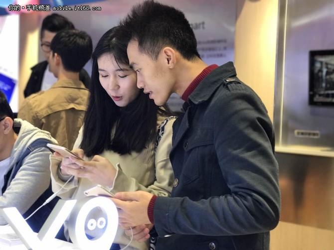 国产手机不只靠性价比 vivo X9首销回顾