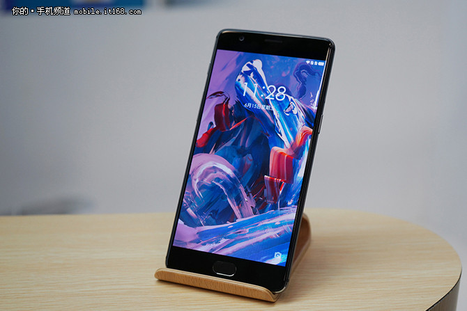 升级安卓7.0 一加手机3更新氧OS 4.0