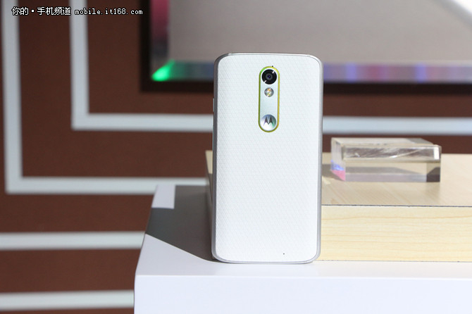 360手机旗舰版仅699 本周京东销量TOP10