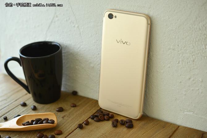 专注质感与手感 市售热门金属手机盘点