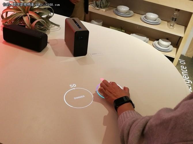 CES2017索尼发布黑科技OLED电视和VR