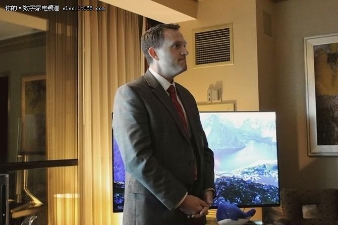 三极限超薄 微鲸两款新电视亮相CES2017