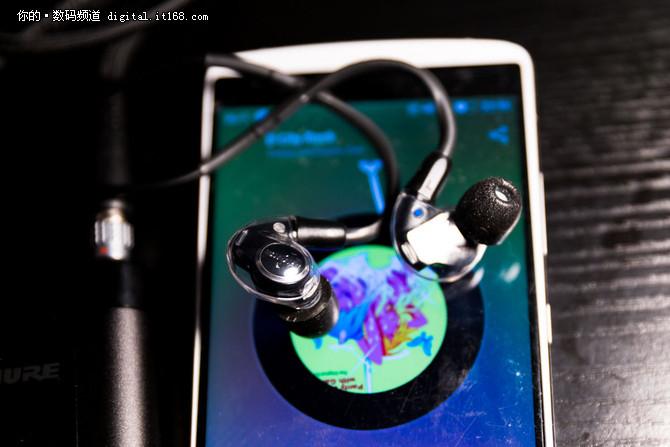 细节的感动 舒尔KSE1500静电式入耳评测