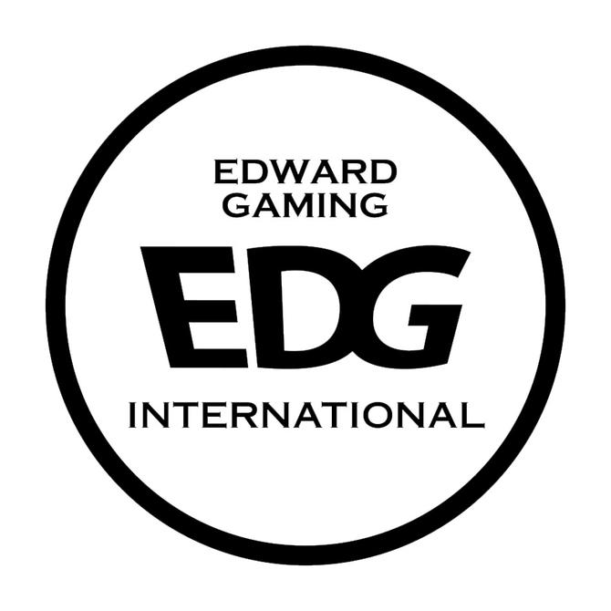 赛睿发布EDG战队版游戏鼠标垫QcK mass