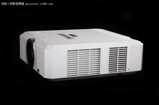宝视来LX863工程投影机测试