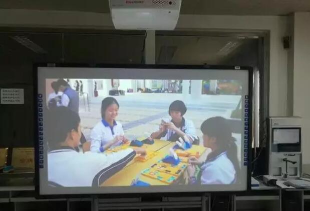 教育市场:3LCD激光投影,光峰全球当先