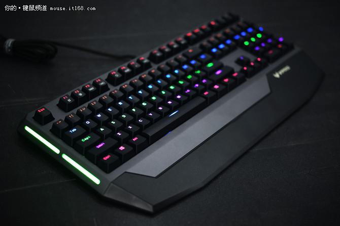 专业防水设计 雷柏V710机械键盘售499元