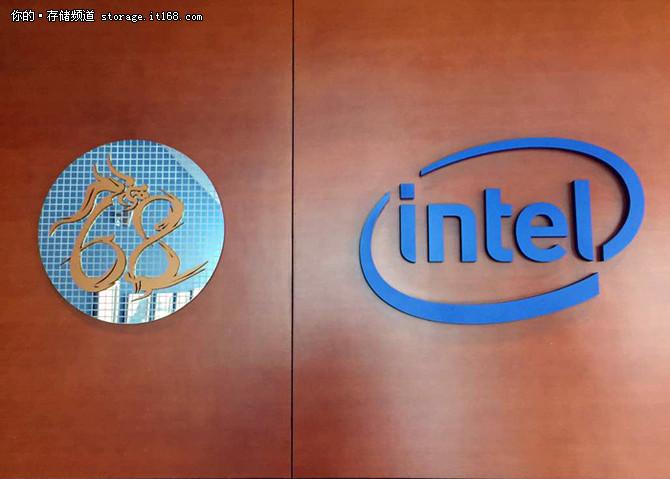 来自大连 英特尔在华发布3D NAND固态盘