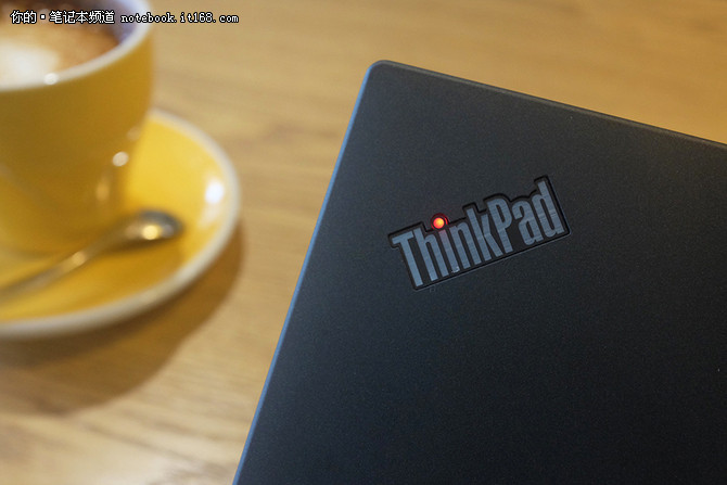 商用范儿十足_ThinkPad_X270深度评测