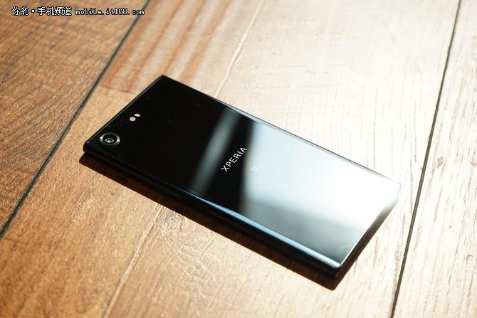 本月新机汇总:索尼XZP与三星S8的对决