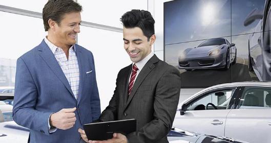 三星商显助汽车4S店升级消费体验