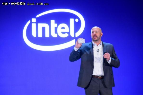 谁说Intel是牙膏厂?这次挤个痛快!