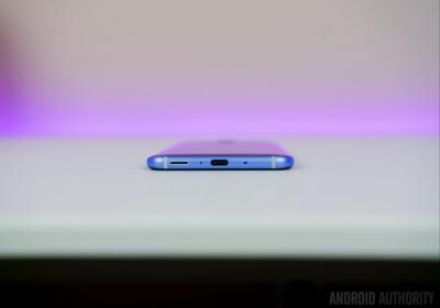 """U11外媒评测:HTC在正确的轨道出了个""""本垒打"""""""