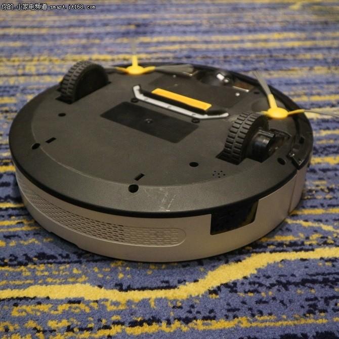 玛奇朵M1扫地机器人正式发布