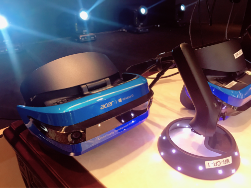宏碁MR HMD头盔亮相微软游戏开发者大会