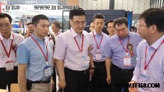 华为亮相第九届中国国际道路交通安全产品博览会