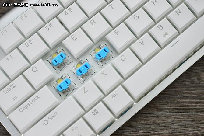 玩游戏也要潮,RK929速写超薄机械键盘