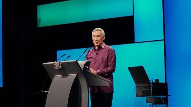 李显龙称中国电子支付领先世界