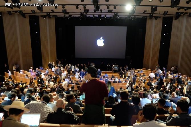 带你身临其境回顾苹果iPhone X发布会