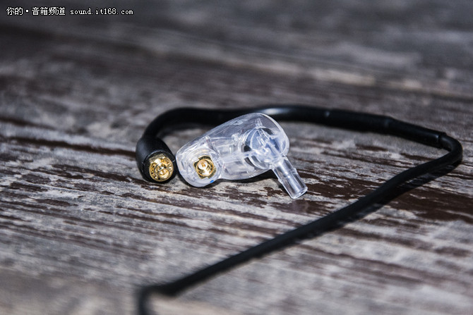 评舒尔SE215-BT1 或许最HIFI的蓝牙耳机