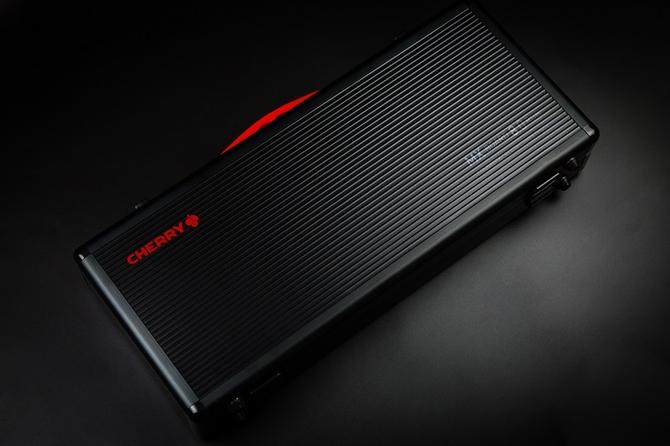 樱桃MX BOARD 8.0 RGB黑色侧刻版正式发售