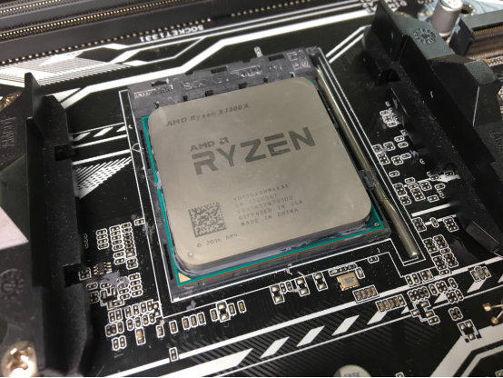 手把手教你如何用Ryzen 1300X+560D流畅