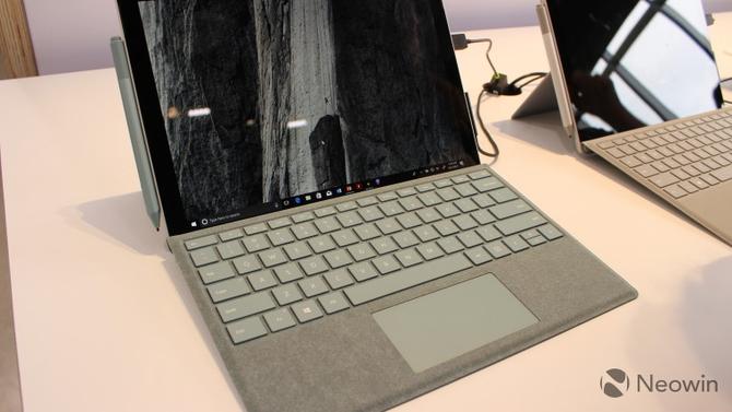 微软为Surface设备配件增加Aqua新色彩